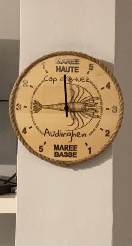 """Horloge des marées """"effet mer"""" à personnaliser - gravure sur bois photo review"""
